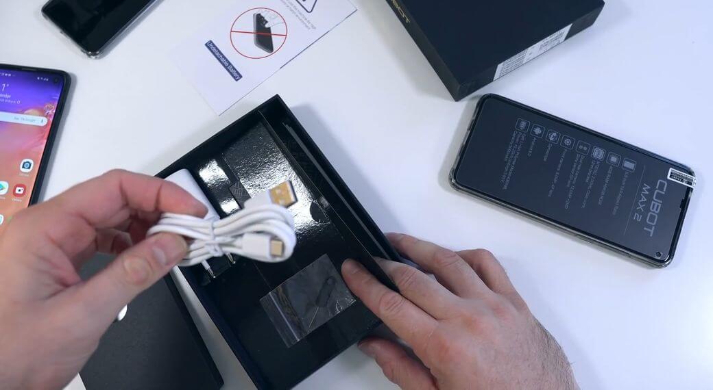 Cubot MAX 2 Обзор: Фаблет с боковым вырезом фронтальной камеры