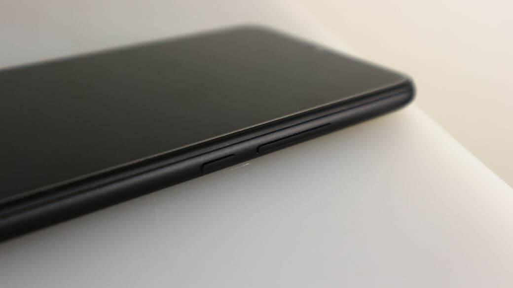 UMIDIGI F1 Обзор: Огромная батарея и неожиданный дизайн
