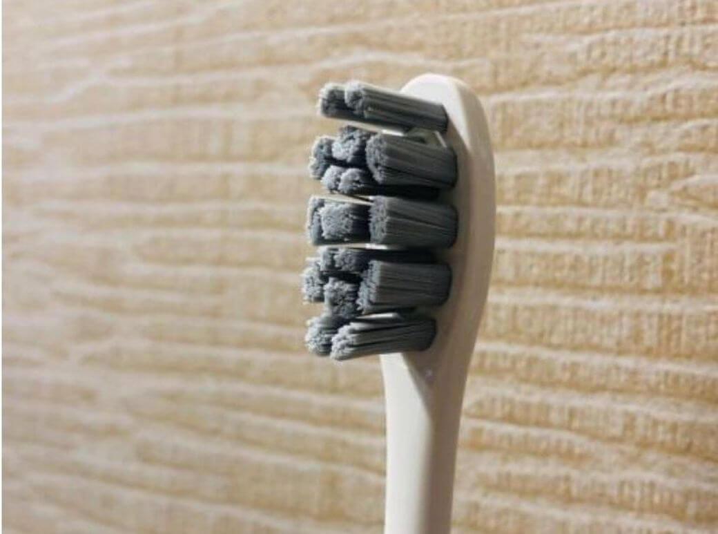 Oclean X Обзор: Умная зубная щетка с сенсорным экраном