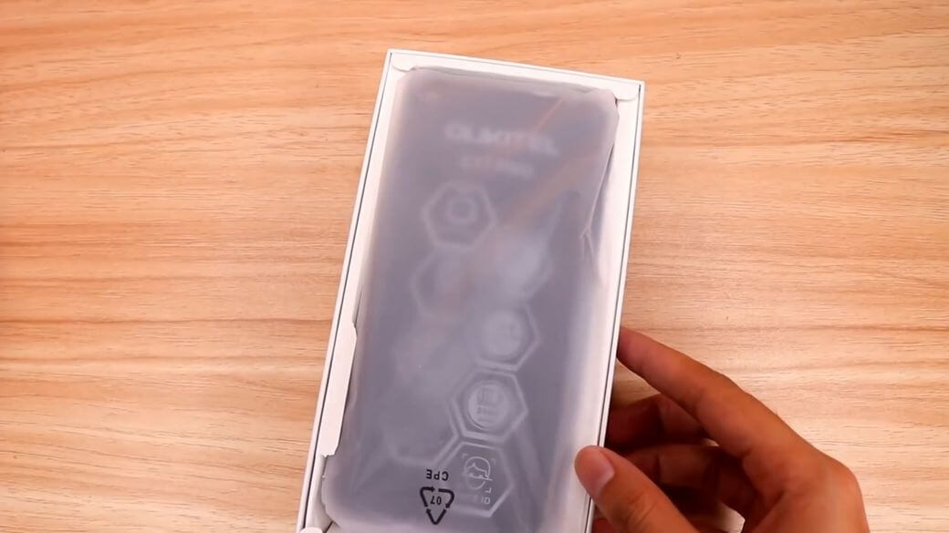 OUKITEL C17 Pro Обзор: Бюджетный смартфон с флагманский дизайном за $99