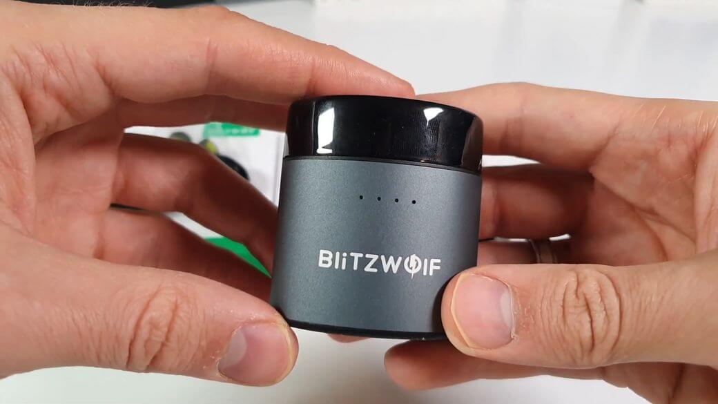 BlitZWOLF FYE8 Обзор: Два динамических драйвера за $40