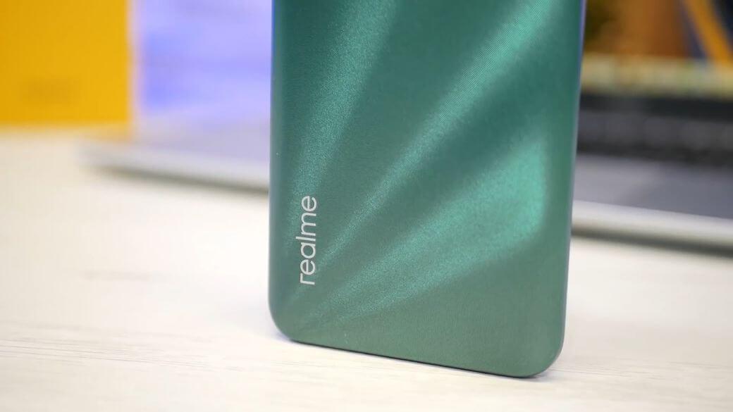 Realme 5i Обзор: Смартфон с большим экраном и емкой батареей