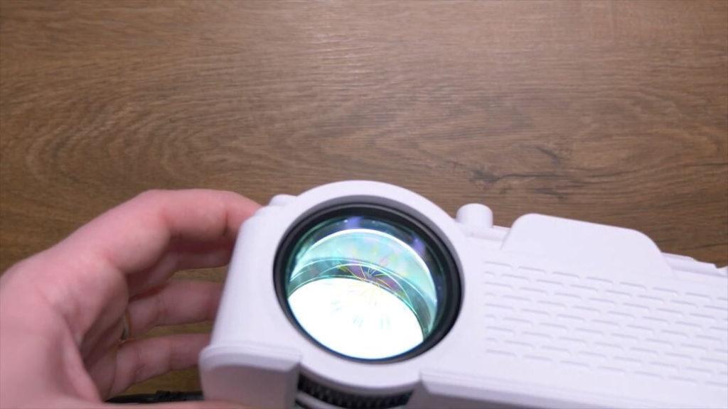 TouYinger M4 Plus Обзор: Проектор с HD разрешением за $75