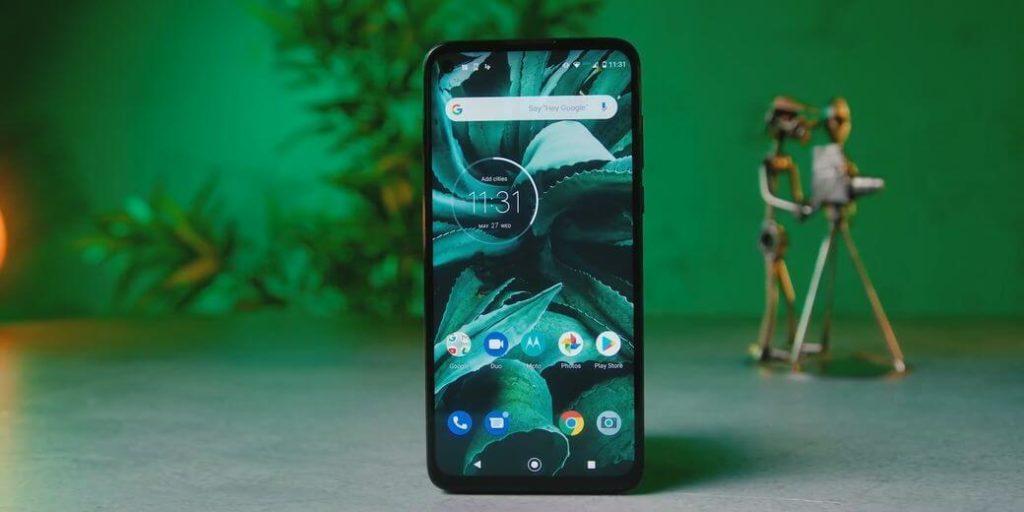 Motorola G8 Power Обзор: Идеальный смартфон среднего класса в 2020?