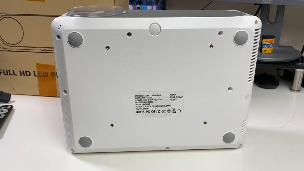 AUN AKEY6 Обзор: Full HD проектор с высокой яркостью 6800 люмен