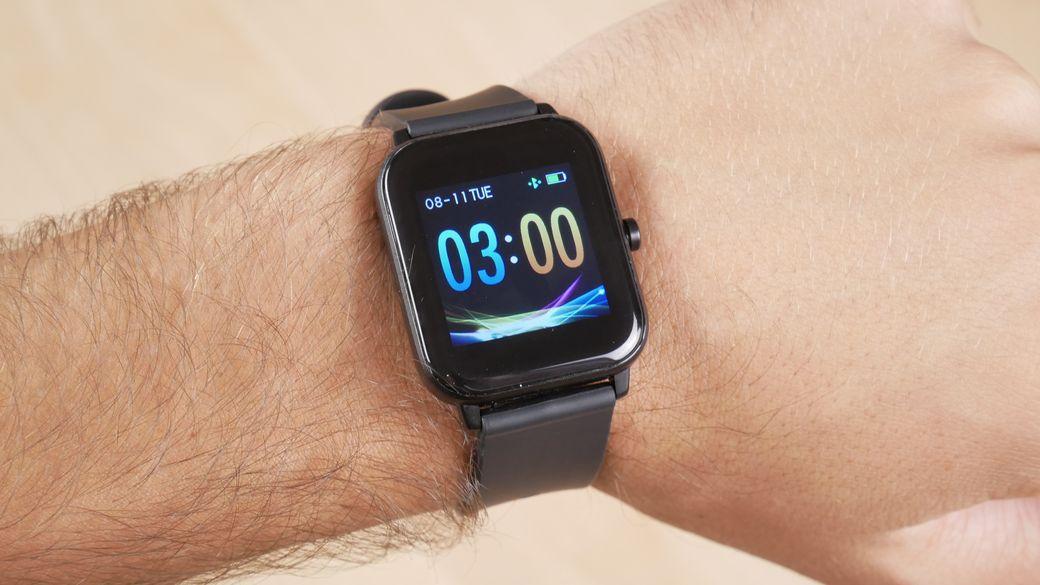 Corn WB01 Обзор: Умные часы, которые меня удивили за $20