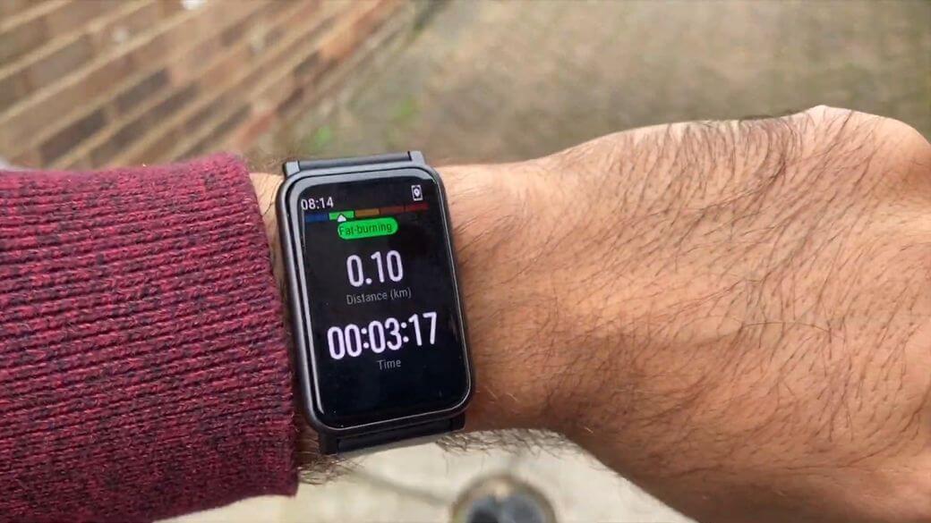 Honor Watch ES Обзор: Умные часы для спорта за $100