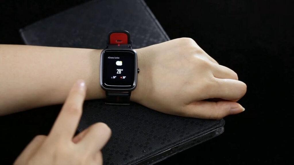 Mobvoi TicKasa Vibrant Обзор: Еще одни умные часы с GPS модулем