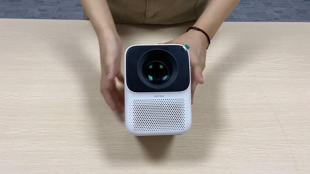 Xiaomi Wanbo T2 Обзор: Компактный недорогой проектор 2020