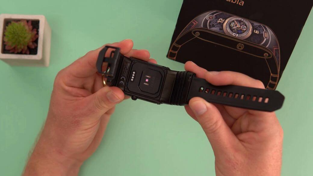 Nubia Watch Обзор: Умные часы с гибким AMOLED экраном