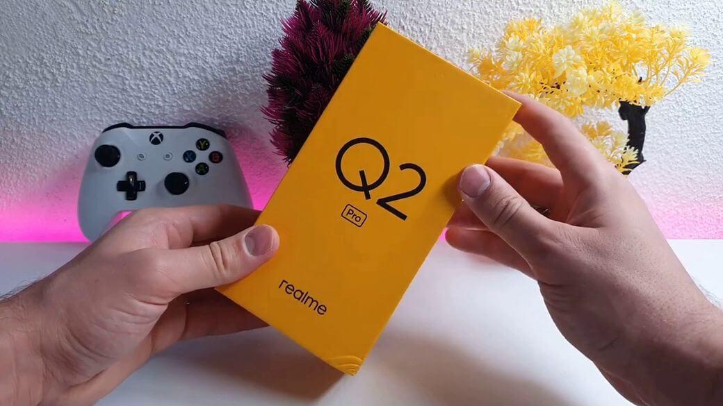 Распаковка Realme Q2 Pro
