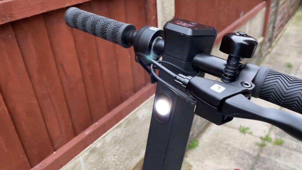 фонарик на руле Megawheels S5