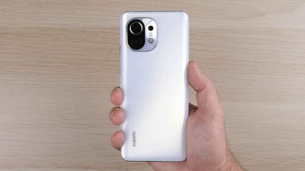Xiaomi Mi 11 задняя панель