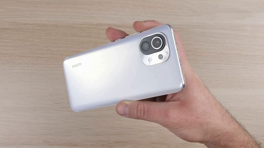 Xiaomi Mi 11 дизайн