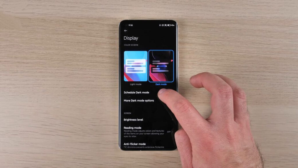 Xiaomi Mi 11 темная тема и настройки экрана