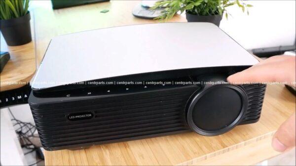 AAO YG651 Обзор: Доступный светодиодный проектор с яркой картинкой