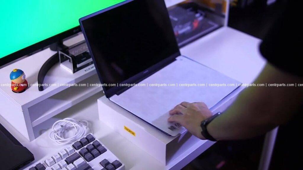 Realme Book Обзор: Тонкий и премиальный ноутбук за $600